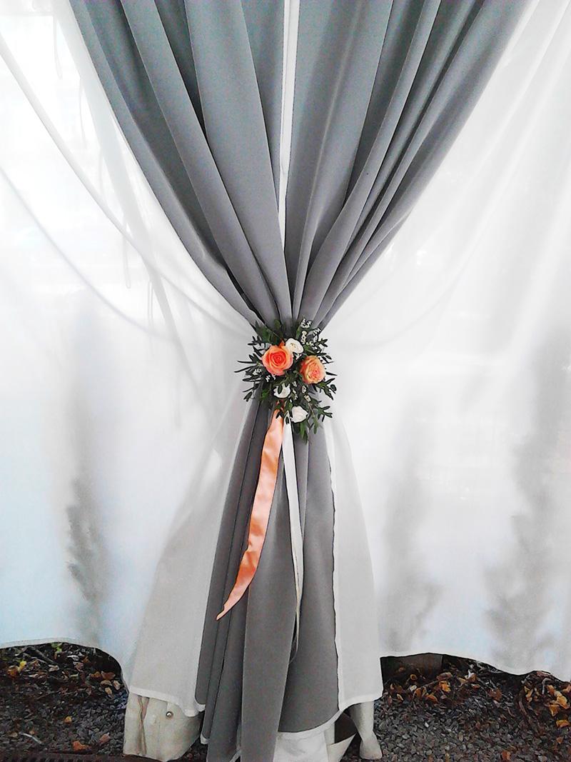Květinová dekorace na závěsy. Svatební floristika Klára Uhlířová Brno
