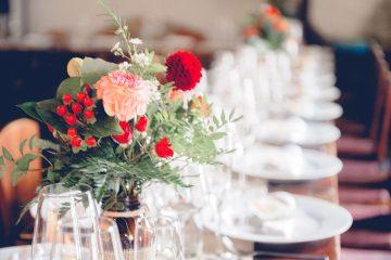 Podzimní dekorace na stoly. Svatební květiny Klára Uhlírová